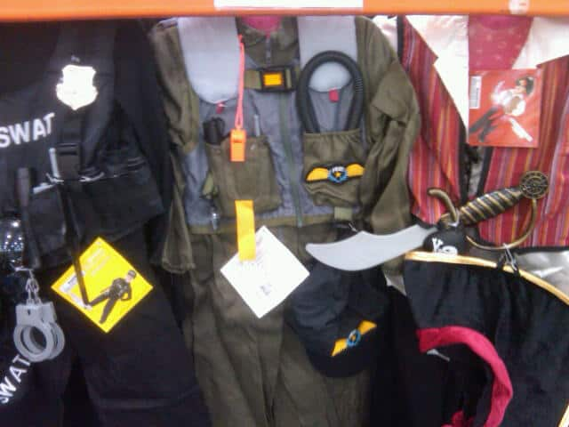 Find a great collection of Boy's Costumes at Costco. Enjoy low warehouse prices on name-brand Boy's Costumes products.