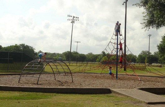Climbing at Bear Creek Park Houston
