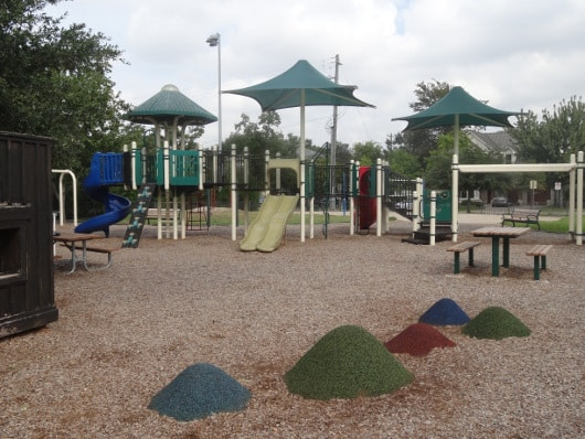 Colonial Park Playground