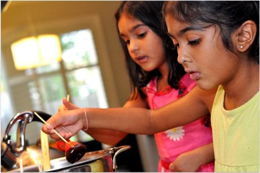 Kids Making Chocolate Covered Strawberries