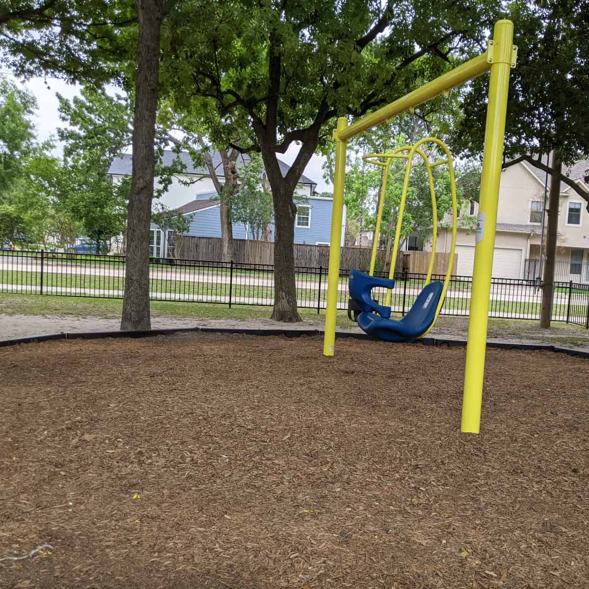 Evergreen Park Spider Swing