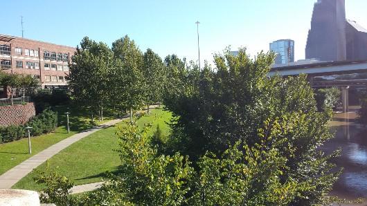 Art Park at Sabine Street Bridge