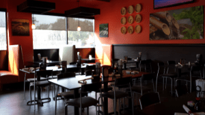 Inside Mama Fus Restaurant in River Oaks