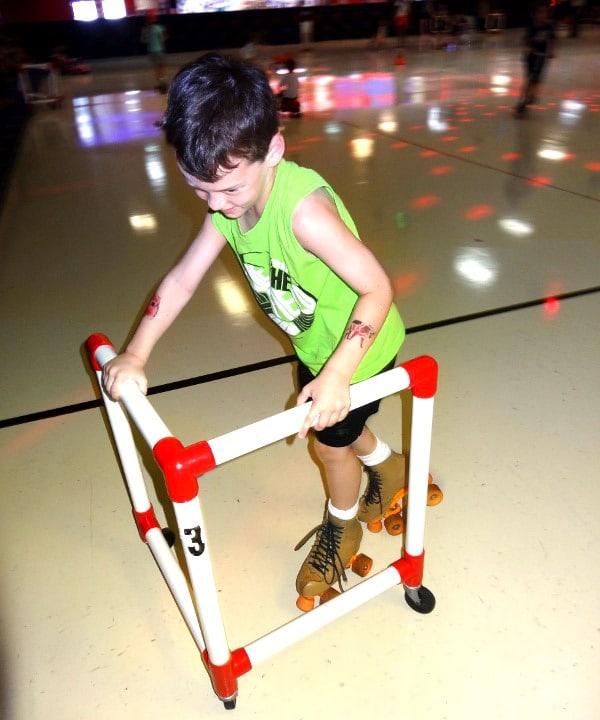 Dairy Ashford Roller Rink SkatemateF