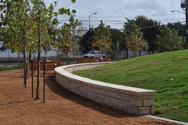 Mandell Park Path