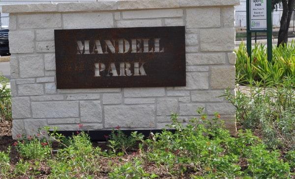 Mandell Park Sign