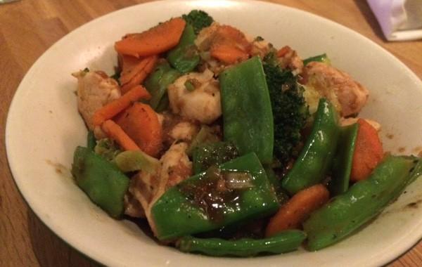 Teryaki chicken bowl at True Kitchen