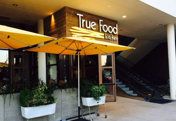True Food Kitchen – Our Search for Houston\'s Best Restaurants for Kids