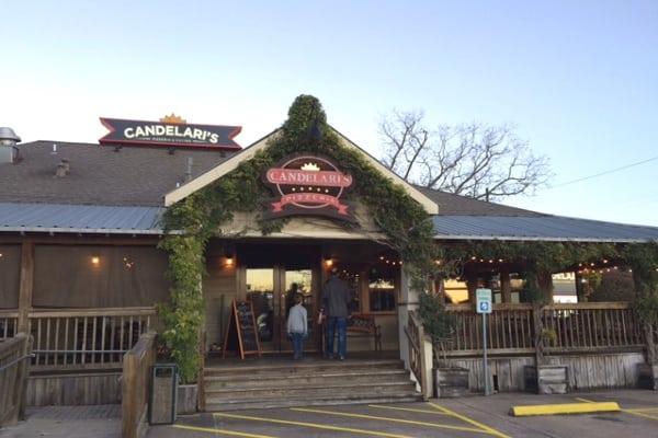 Candelaris Pizzeria