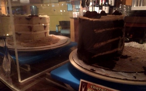 Empire Cafe Cake Case