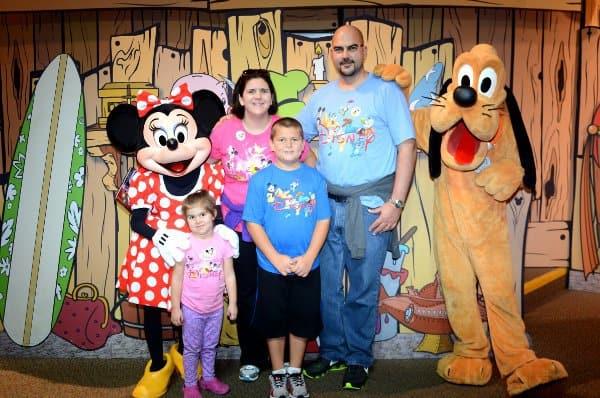 Amanda Hydock Family at Epcot