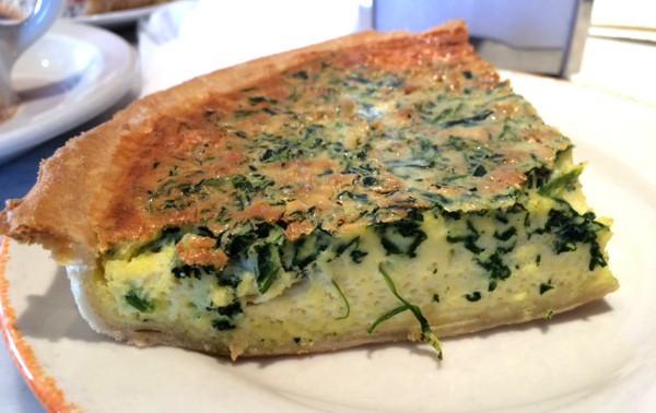 Spinach quiche at Croissant Brioche