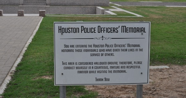 Houston Police Officer Memorial Sign