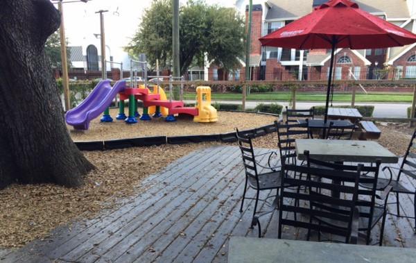 Uberritto Patio and Playground
