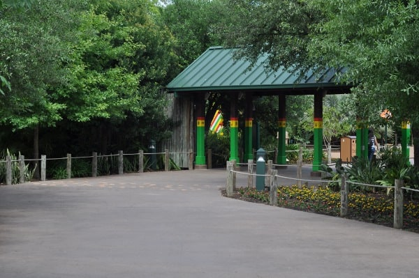 Entrance to African Forest at Houston Zoo
