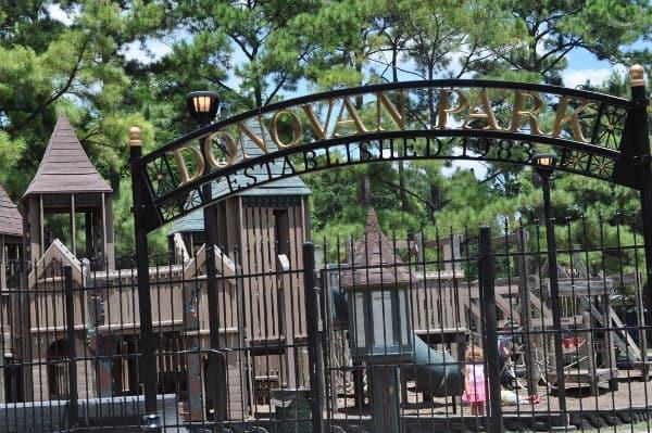 Donovan Park Heights Sign