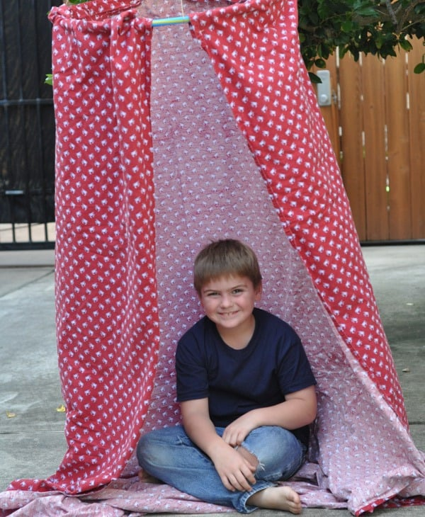 Hula Hoop Tent Made from Dollar Store Supplies Easy to Assemble