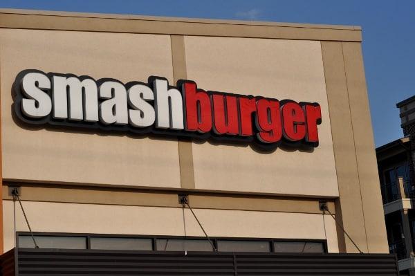 Smashburger Sign Houston Heights1