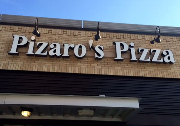 Pizaros Pizza in Houston