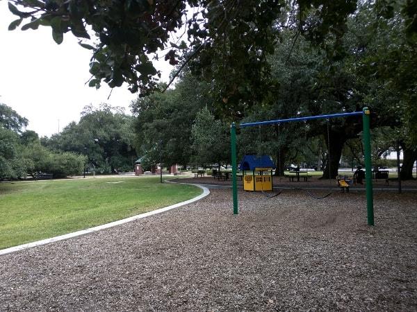 Elizabeth Baldwin Park Swings