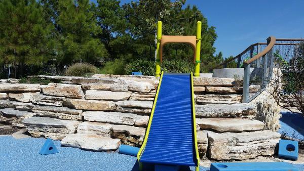 Exploration Park Roller Slide by YouiShare