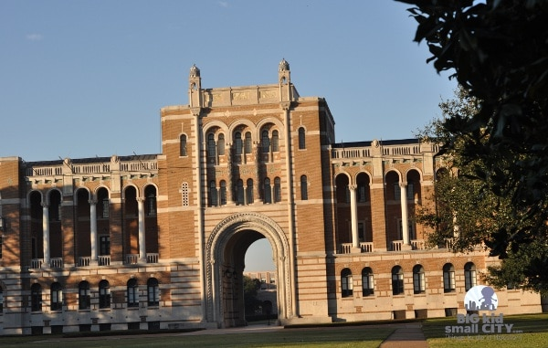 Rice University Lovette Hall at Gate 1