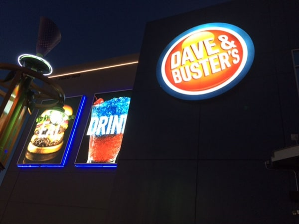 Dave and Busters Sign