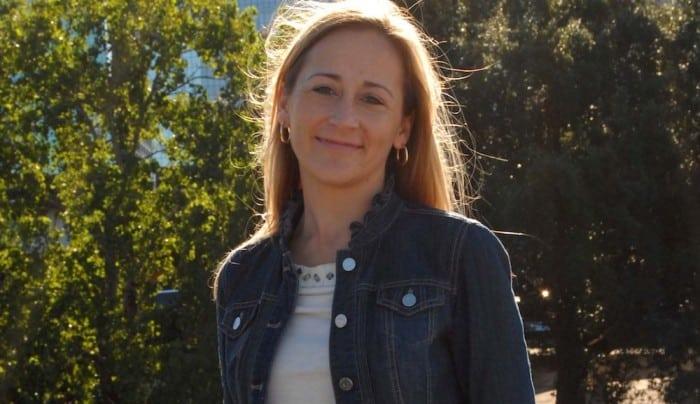 Jill Jarvis BigKidSmallCity Headshot