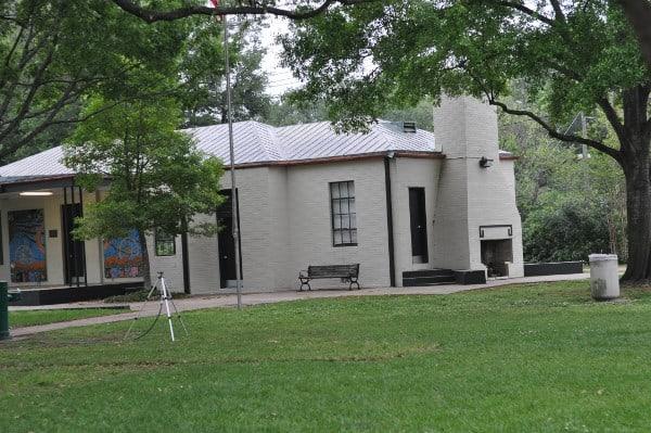 River Oaks Community Center