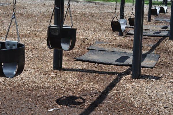 Nobb Hill Park Swings