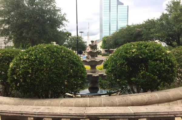 Paciugo Building Fountain
