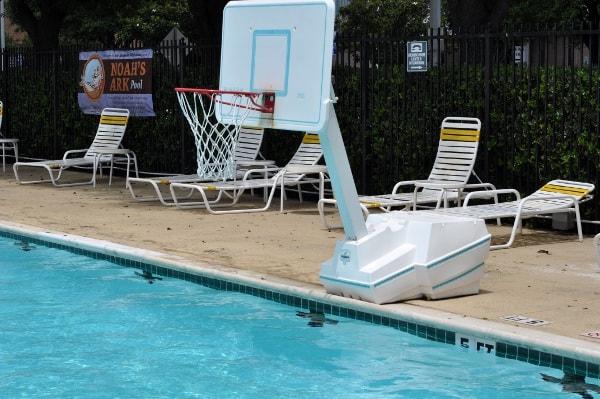 Quillian Center Pool Basketball Hoop