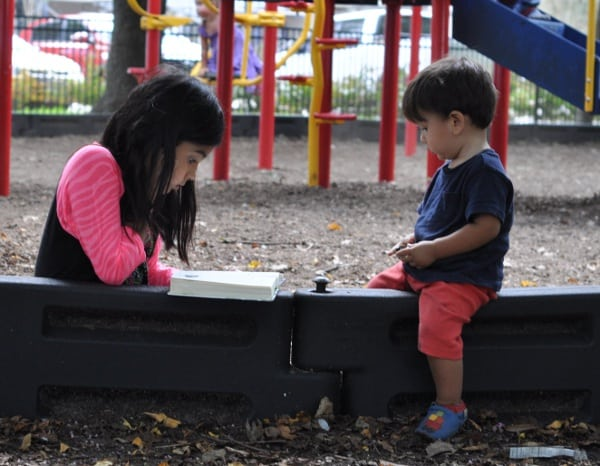 Reading-at-the-Park6
