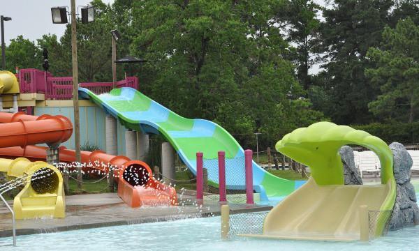 Wet N Wild Junior Slides