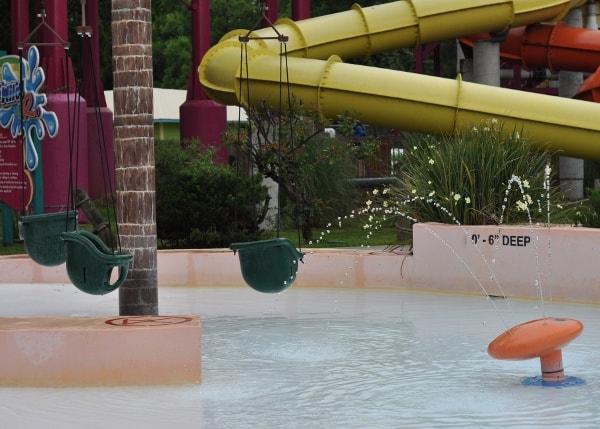 Wet N Wild Splashtown Baby Swings