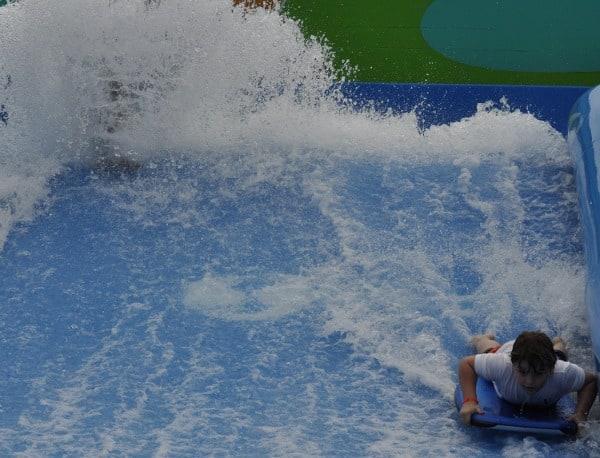 Wet N Wild Splashtown Flowrider