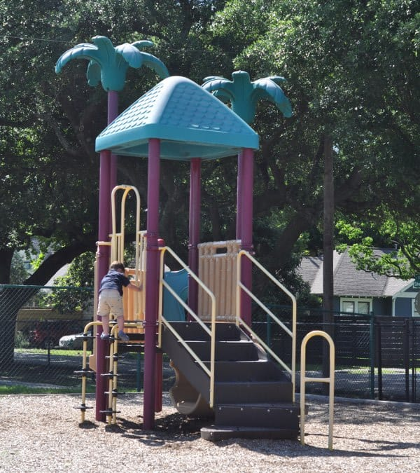 Field Spark Park Small Play Structure
