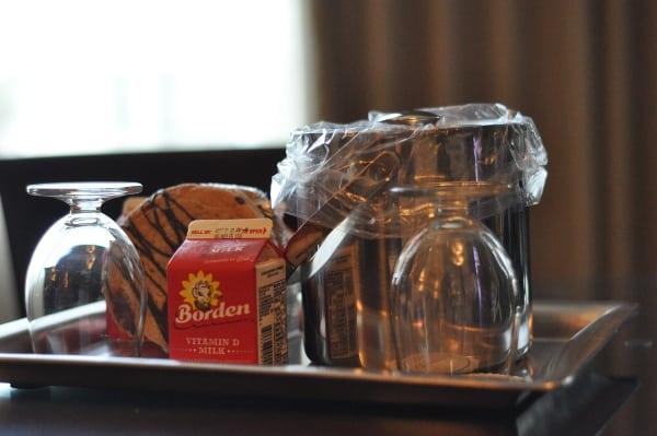 Omni Hotel Hosuton Westside Cookies and Milk BigKidSmallCity.com