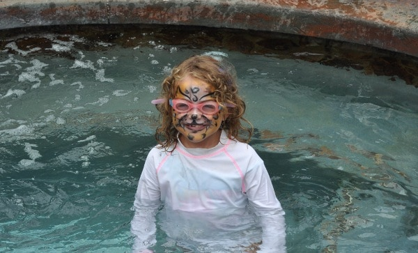 The Woodlands Resort Tiger Face Painting in Hot Tub BigKidSmallCity.com
