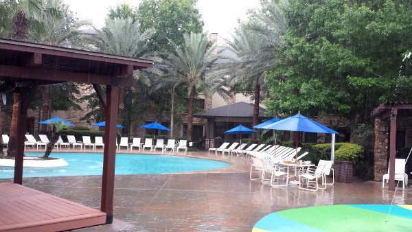 The Woodlands Resort in the Rain BigKidSmallCity.com