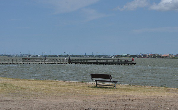 Clear Lake Park Fishing Pier