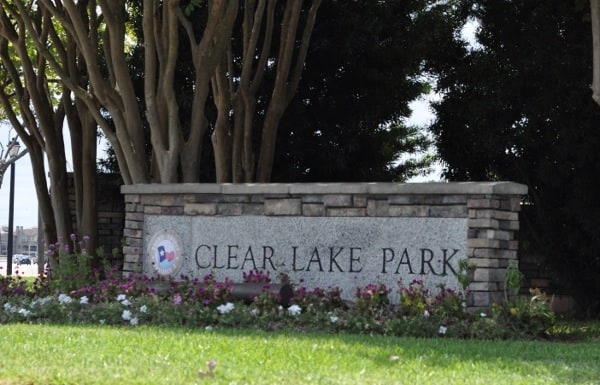 Clear Lake Park Sign