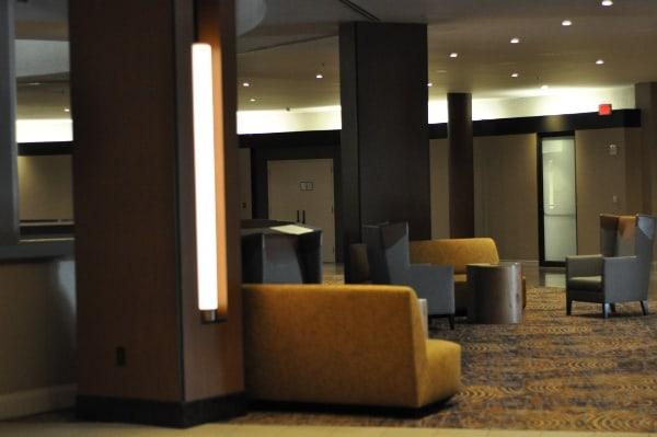 Marriott IAH Lobby