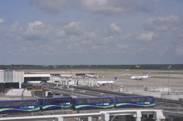 Marriott IAH View of Airplanes