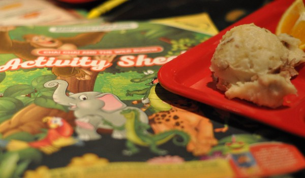 rainforest-cafe-houston-galleria-activity-book