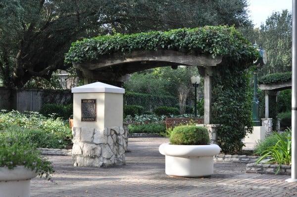 helens-garden-league-city