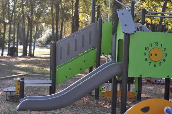 collins-park-toddler-slide