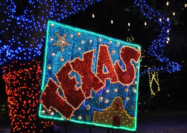 houston-zoo-lights-texas