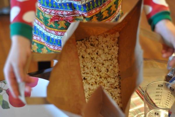 imperial-sugar-grinch-popcorn-bag