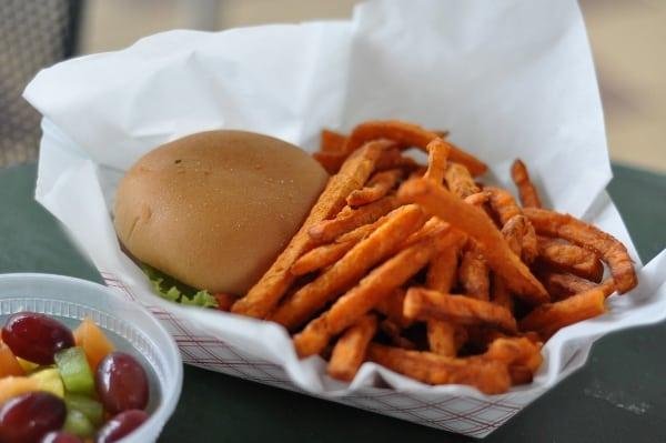 lake-house-cafe-burger-sweet-potato-fries